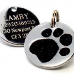 25mm-Glitter-Black-Paw-Print-Dog-Pet-ID-Tag-Disc-Engraved-0